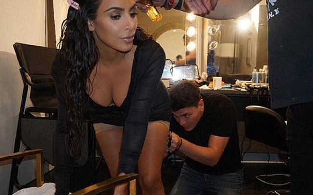 Ece Üner, Kardashian'ı Bakın Nasıl Neresinden Vurdu
