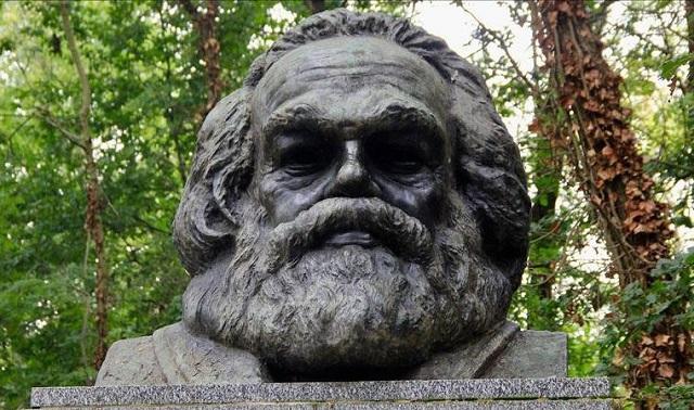 Karl Marx'ın Mezarı Turistik Alan Oluyor