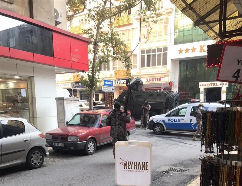Polise Silahlı Saldırı 2 Yaralı