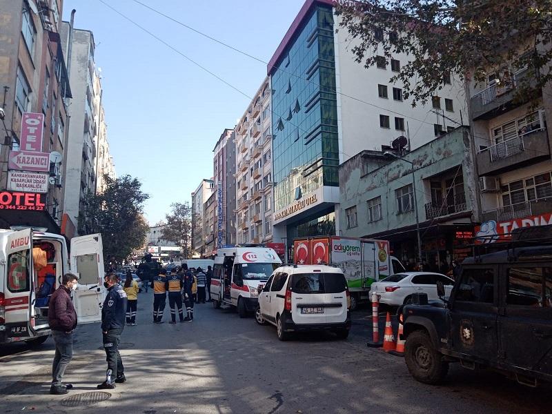 Saldırıda Yaralanan Polis Memuru Şehit Oldu